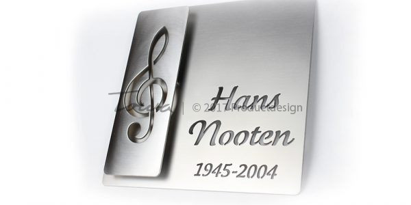 Edelstahl-Gedenkplatten